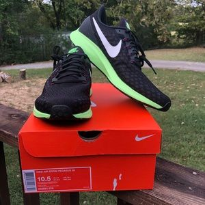 NWB Nike Air Pegasus 35